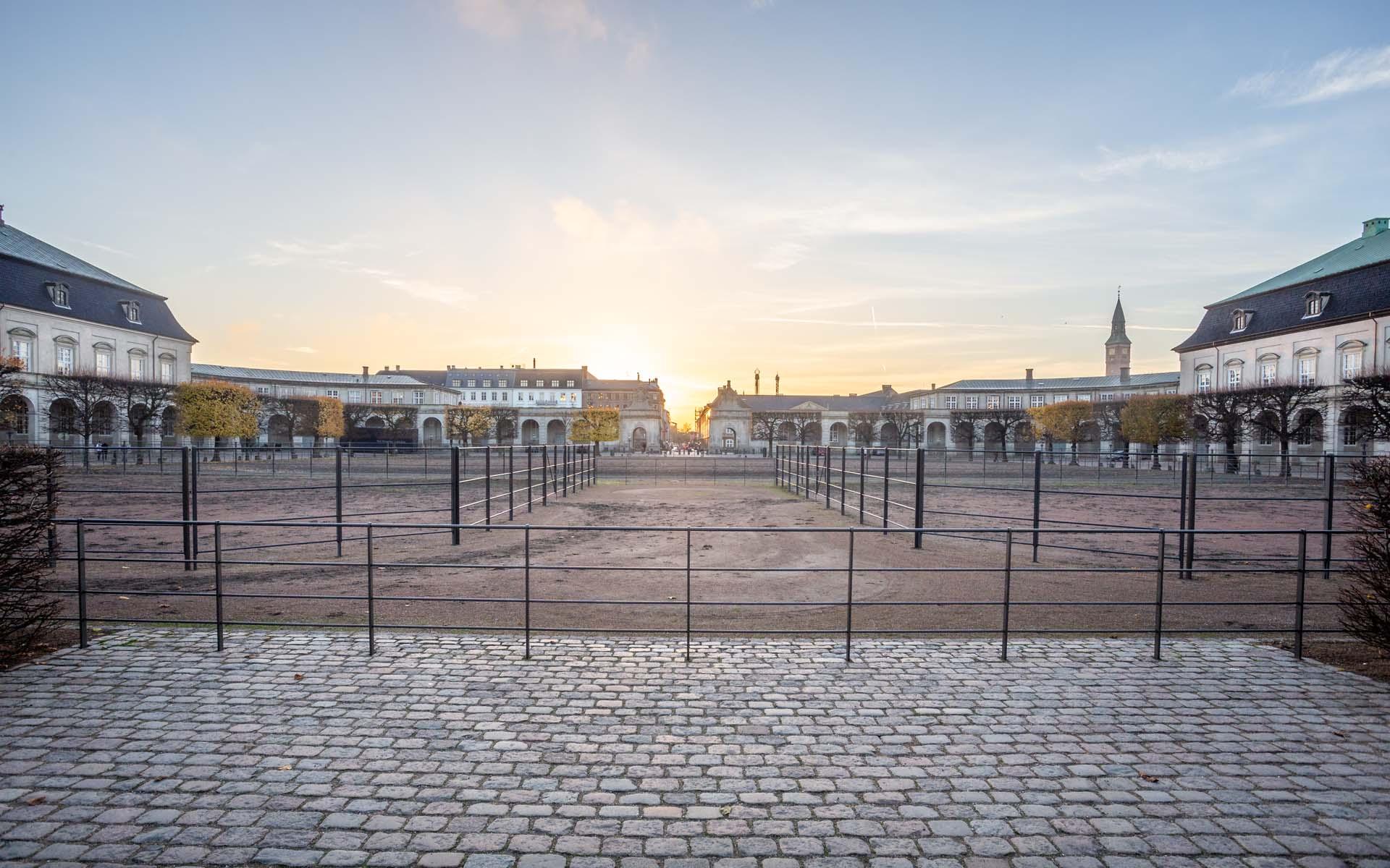 OPland renoverer Christiansborg Ridebane
